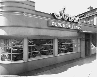 Ivar's Acres of Clams, circa 1938. From www.ivars.com