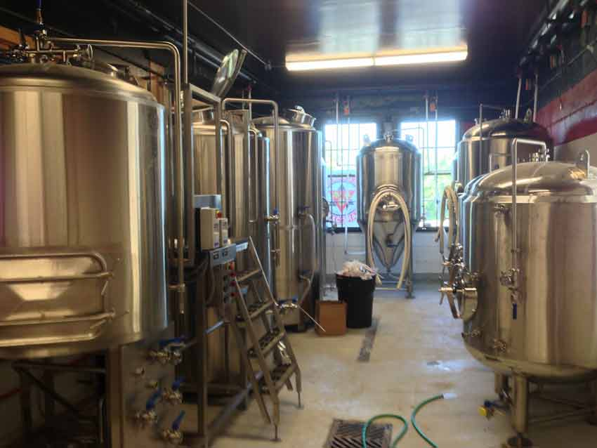 Pacific_Brewing_002