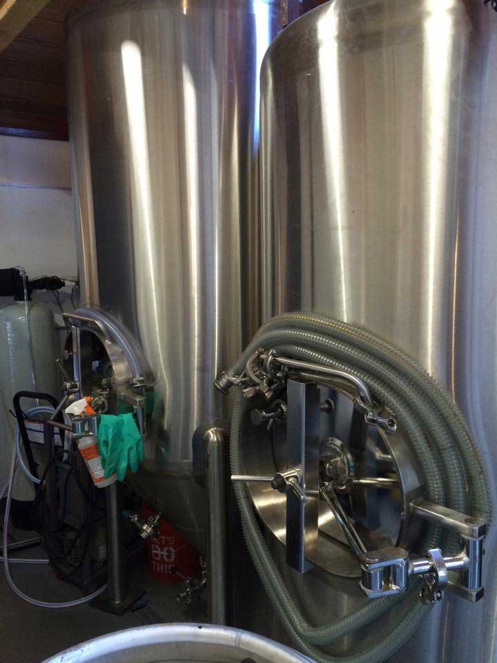 blackbeards_brew_tanks