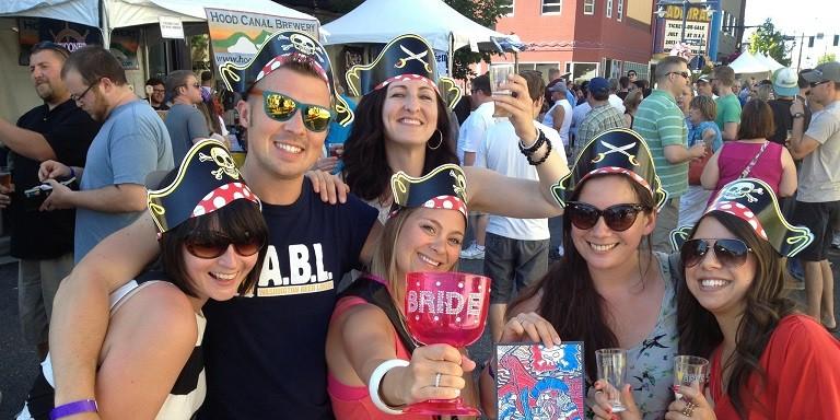 everett_beer_fest-crowd
