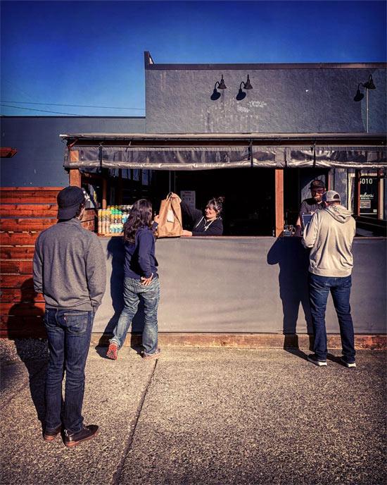Beer pick up station at Reuben's Brews.