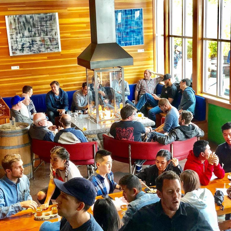Fremont Brewing - the urban beer garden, interior